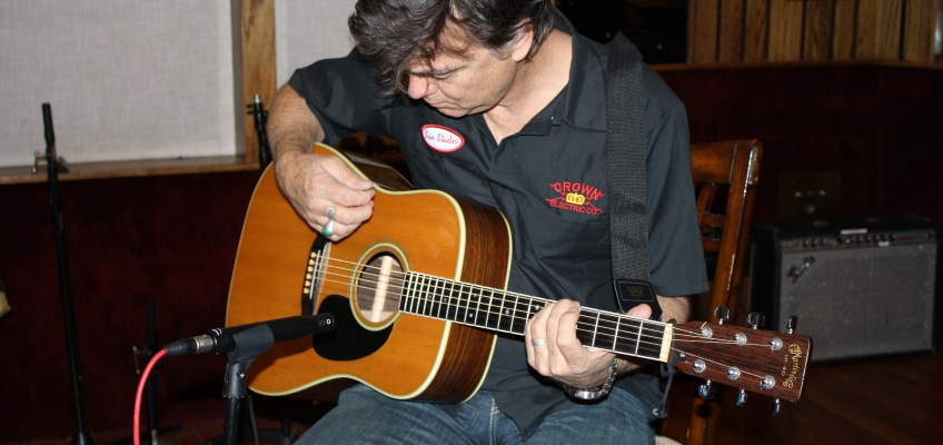 Doug Pettibone – Acoustic Guitar Mic Comparisons